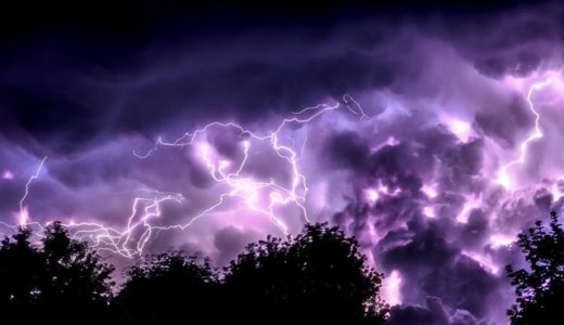 メガフラッシュの画像と動画!歴代の巨大雷と日本の雷まとめ!