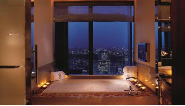 山下智久 高級ホテル