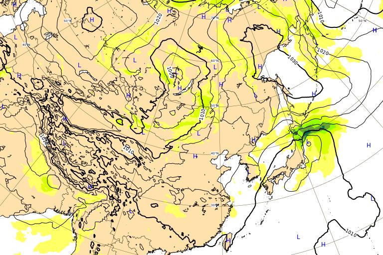 台風12号 ドルフィン ヨーロッパ 9月25日21時